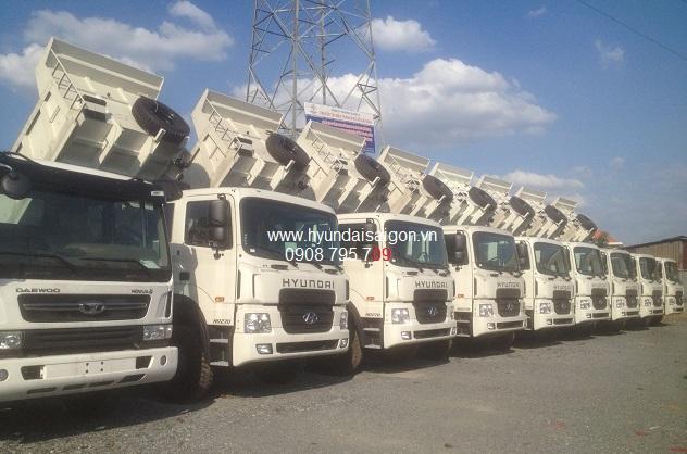 Xe ben Hyundai 15 tấn HD270 nhập khẩu nguyên chiếc về kho 40 xe
