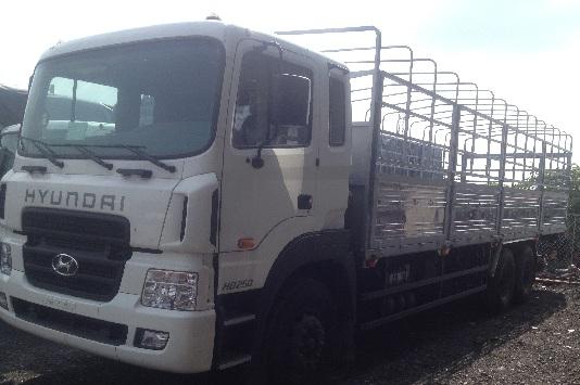 Xe tải hyundai 4 chân bảo hành 24 tháng hoặc 100000km
